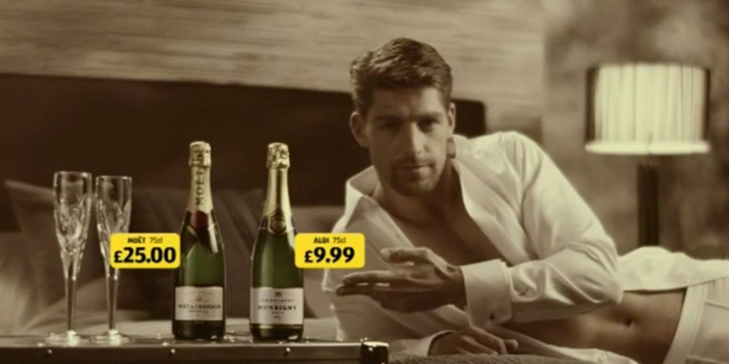 o-ALDI-CHAMPAGNE-CHRISTMAS-ADVERT-facebook